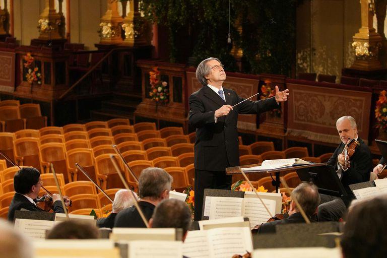 Riccardo Muti dirigió el Concierto de Año Nuevo en Viena 2021 sin público
